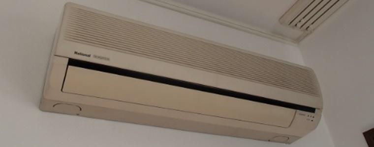 古い機種はエアコンを買い替えた方がいい場合もある
